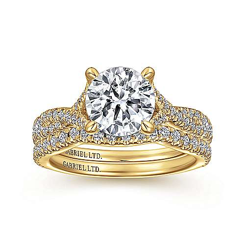 18K Yellow Gold Round Diamond Twisted Engagement Ring