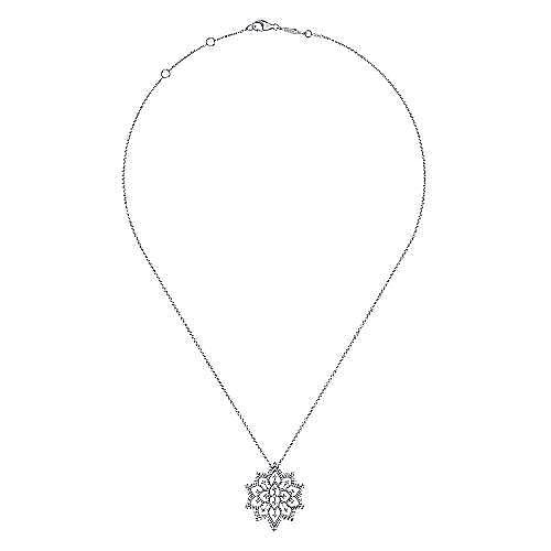 18k White Gold Amavida Fashion Fashion Necklace angle 2