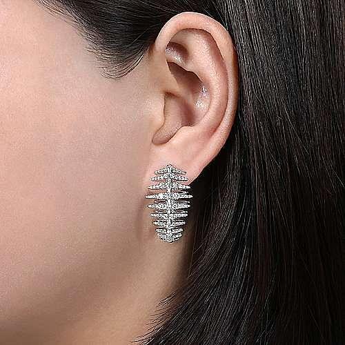 18k White Gold Art Moderne Classic Hoop Earrings