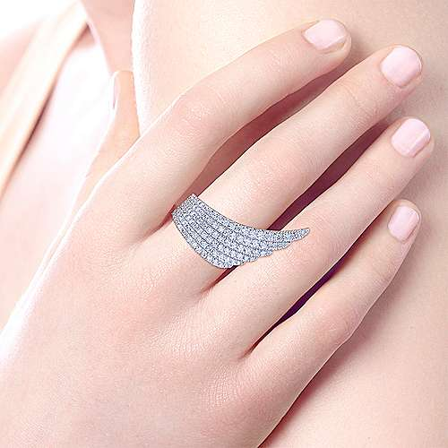 18k White Gold Art Moderne Fashion Ladies' Ring angle 5