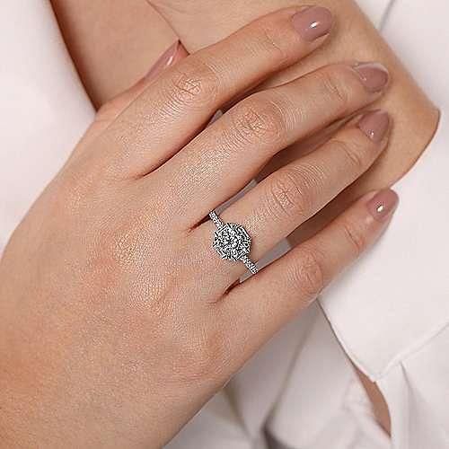 18k White Gold Octagonal Halo Round Diamond Engagement Ring