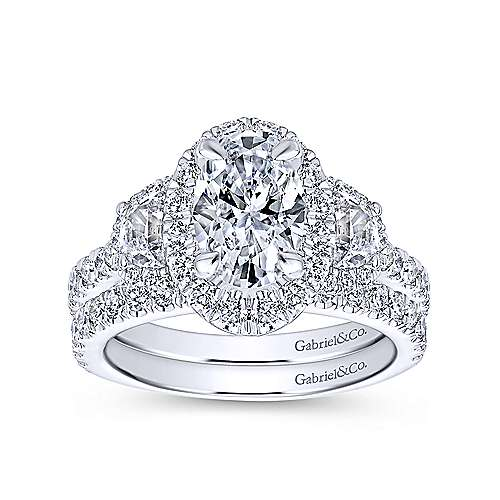 18k White Gold Oval Halo Engagement Ring angle 4