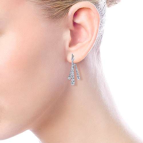 18k White Gold Tapered Diamond Front Back Drop Earrings