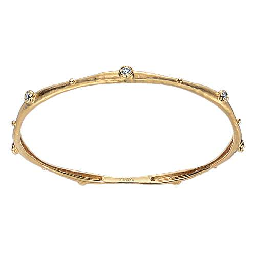 18k Yellow Gold Stackable Bangle angle 1