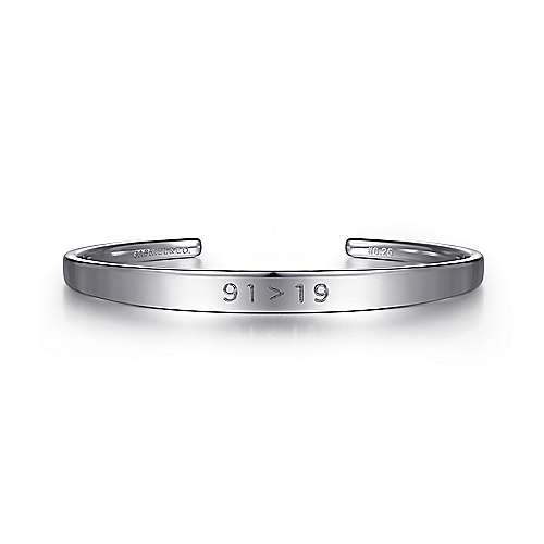 91 > 19 925 Sterling Silver Bangle
