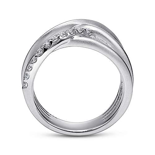925 Silver Contemporary Wide Band Ladies' Ring angle 2