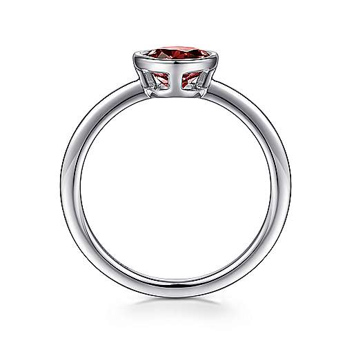 925 Sterling Silver Bezel Set Garnet Ring