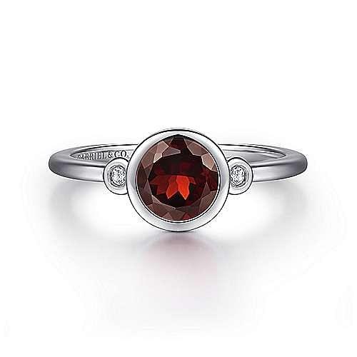 925 Sterling Silver Bezel Set Garnet and Diamond Ring