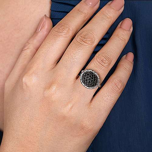 925 Sterling Silver Black Spinel Ladies Ring