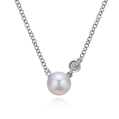 925 Sterling Silver Cultured Pearl and Diamond Necklace