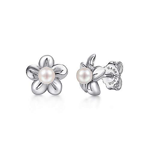 925 Sterling Silver Dainty Cultured Pearl Stud Earrings