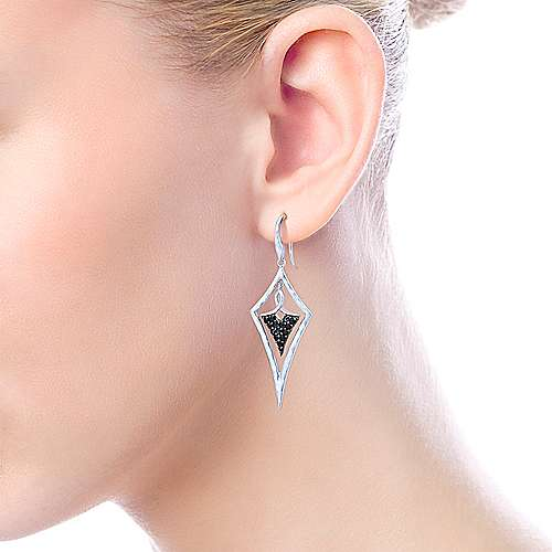 925 Sterling Silver Hammered Black Spinel Kite Shaped Drop Earrings