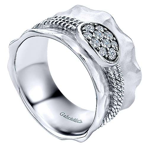 925 Sterling Silver Hammered Corseted Diamond Cluster Ring