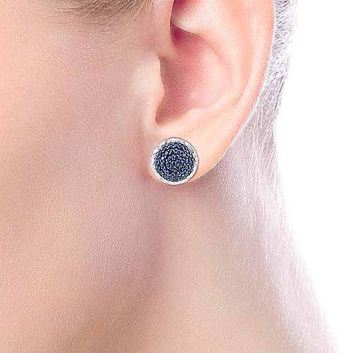 925 Sterling Silver Hammered Round Sapphire Pave Stud Earrings