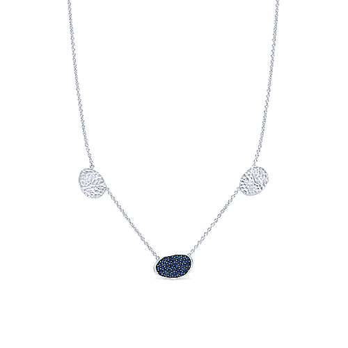 925 Sterling Silver Oval Sapphire Cluster and Hammered Station Necklace