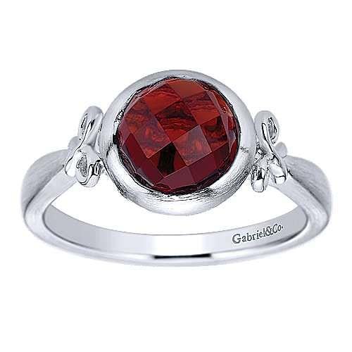 925 Sterling Silver Round Bezel Set Garnet Ring