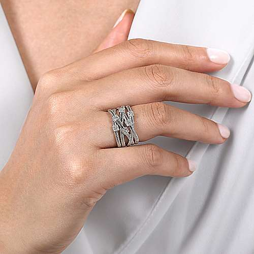 925 Sterling Silver Wide Band Overlapping Diamond Station Ring