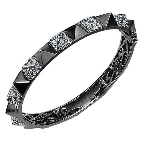 Black Plated 925 Silver White Sapphire Pavé Pyramid Bangle