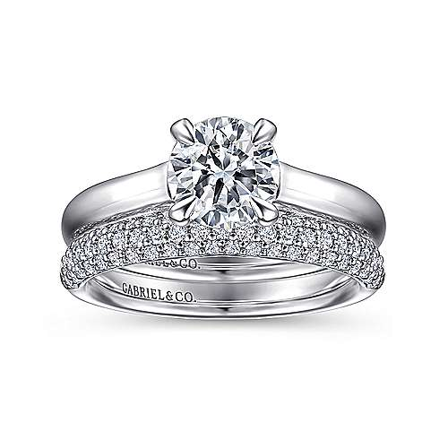 Brave 18k White Gold Round Solitaire Engagement Ring angle 4