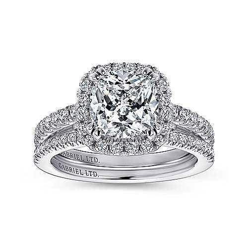 Ceira 18k White Gold Cushion Cut Halo Engagement Ring angle 4