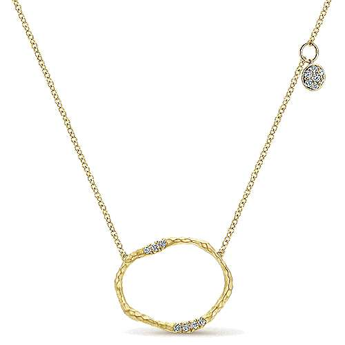 Hammered 14K Yellow Gold Circular Pendant Necklace with Diamonds