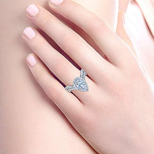 Hibiscus 18k White Gold Pear Shape Halo Engagement Ring angle 6