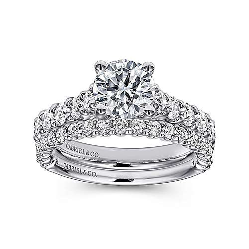 Julie 18k White Gold Round Straight Engagement Ring angle 4