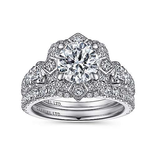 Julius 18k White Gold Round Halo Engagement Ring