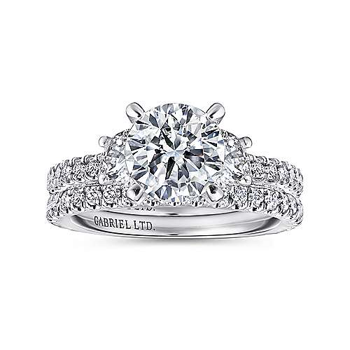 Lincoln 18k White Gold Round 3 Stones Engagement Ring angle 4