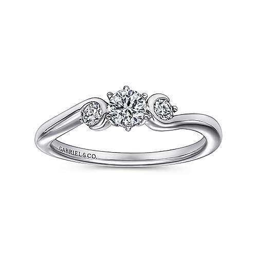 Meadow 14k White Gold Round 3 Stones Engagement Ring angle 5