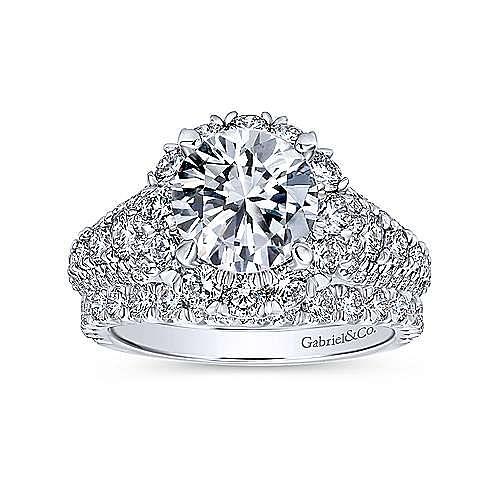 Perito 18k White Gold Round Halo Engagement Ring angle 4
