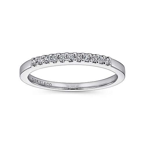 Platinum 11 Stone Shared Prong Diamond Wedding Band