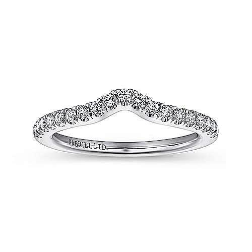 Platinum Contemporary Curved Wedding Band