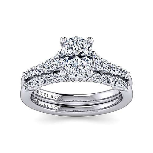 Platinum Oval Diamond Engagement Ring