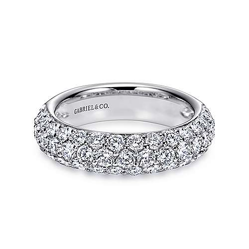 Platinum Pavé Diamond Anniversary Band