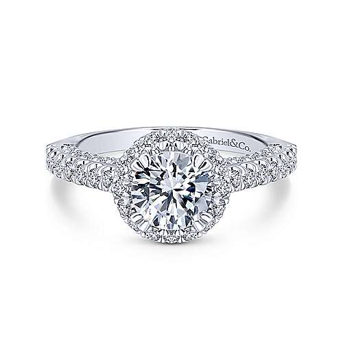 Platinum Round Halo Diamond Engagement Ring