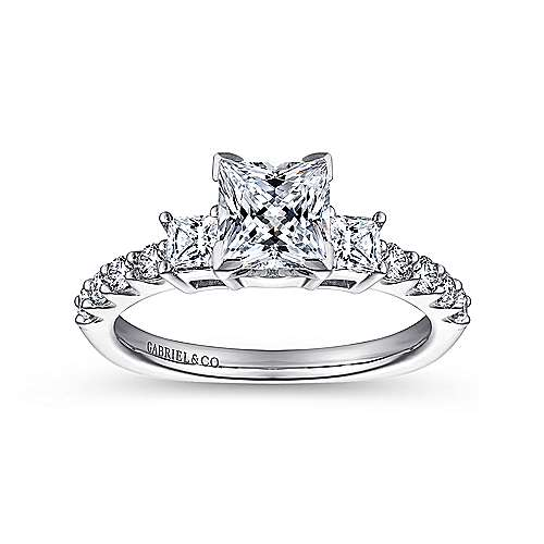 Platinum Round Princess Cut Three Stone Diamond Engagement Ring