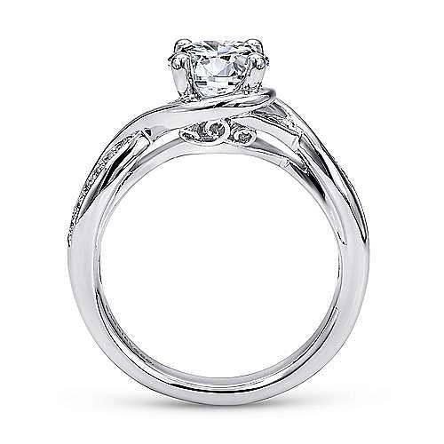 Platinum Round Twisted Diamond Engagement Ring