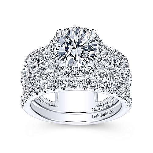 Prima 18k White Gold Round Halo Engagement Ring angle 4