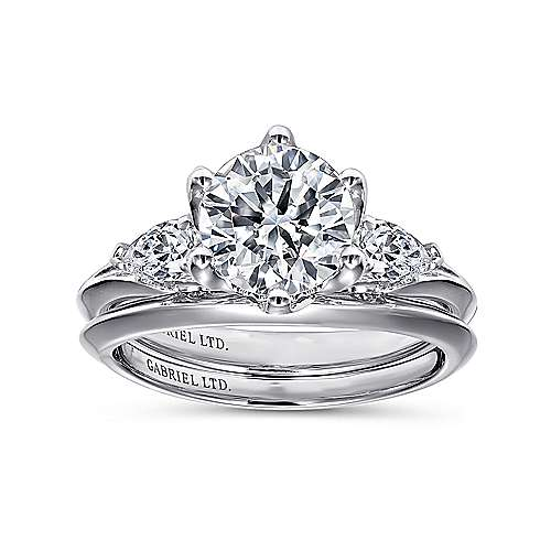 Rosario 18k White Gold Round 3 Stones Engagement Ring angle 4