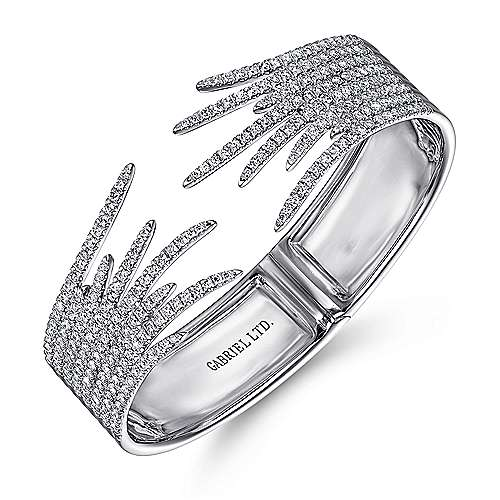 Split 18K White Gold Fan Diamond Bangle
