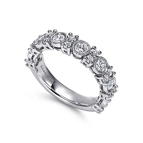 Vintage 14k White Gold Fancy Anniversary Band