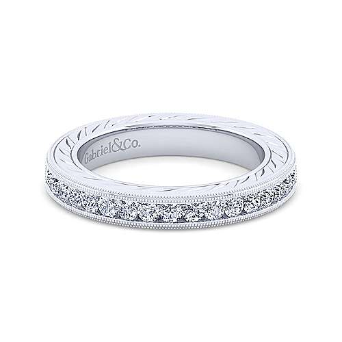 Vintage 14k White Gold Hand Engraved Channel Set Band