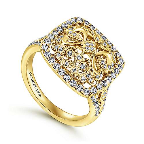 Vintage 18K Yellow Gold Cushion Shaped Floral Openwork Pavé Diamond Ring