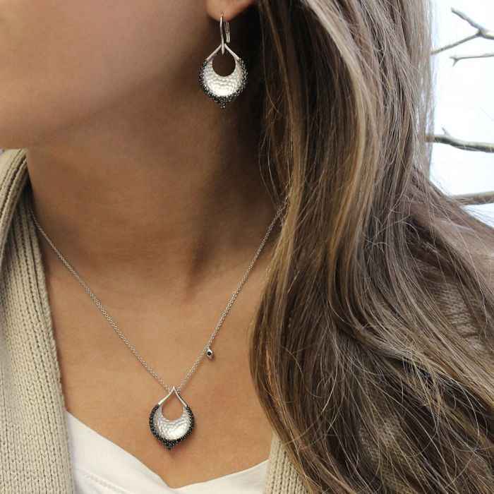 925 Sterling Silver Hammered Teardrop Leverback Earrings with Black Spinel angle