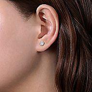 14K W.Gold Diamond Earrings
