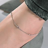 14k White Gold Victorian Chain Ankle Bracelet angle 3