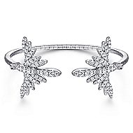 18k White Gold Art Moderne Bangle angle 1