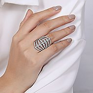 18k White Gold Art Moderne Wide Band Ladies Ring