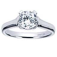Bradshaw 18k White Gold Round Solitaire Engagement Ring angle 5